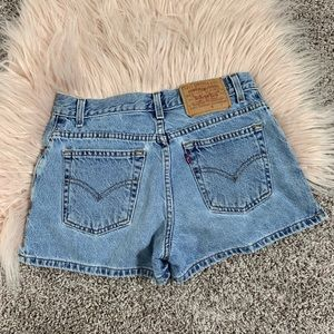 Vintage high waisted Levi's 2 pairs size 5